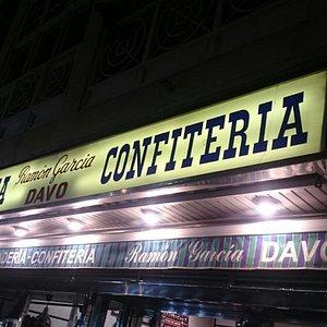 Confitería-Pastelería Davo