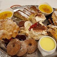 dessert tray.