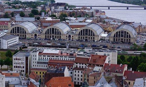 Central Market in Riga von oben.