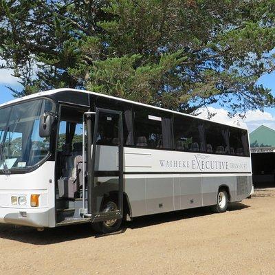 37 seater tour coach