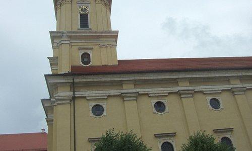 Außenansicht der Kirche