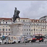 Статуя короля Жуана I