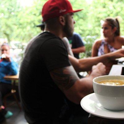 Centro de MVMT: ViBbra Coffee Shop