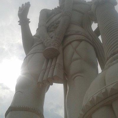 angeneya statue