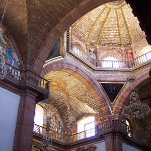 interior San Felipe Neri