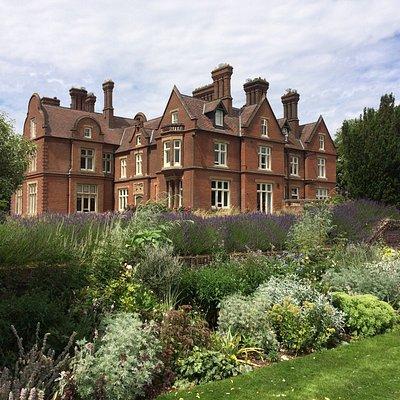 Doddington Place Gardens