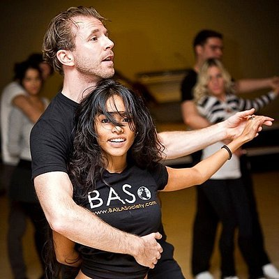 Centro de MVMT: Baile / BAILA Society