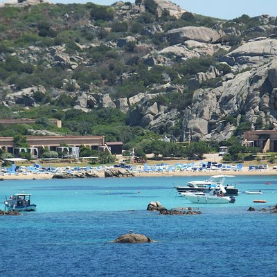 spiaggia del pesce, only a half beauty unfortunatelly