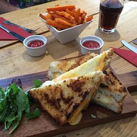 You have never had a toasted cheese sandwich until you have had a toasted cheese sandwich at Mou