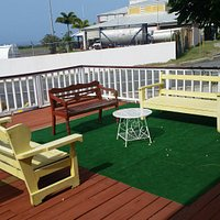 Outdoor seating/ Great at night with the ocean breeze and view of the stars