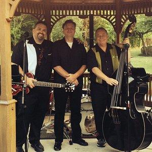 Roadtrip - Niagara Falls' Finest Band