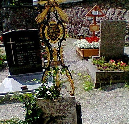 beamltes schmiedeeisernes Grabkreuz