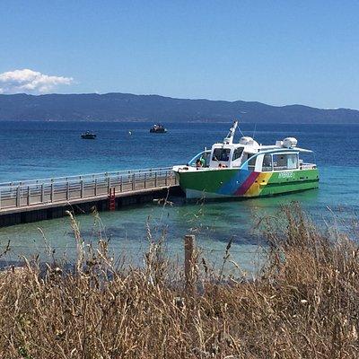 Accès et embarquement vers les iles sanguinaires depuis la Parata.