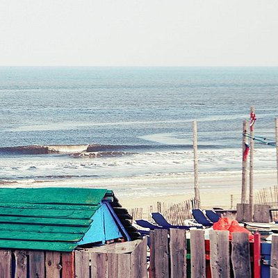 Layback surfschool Surfana Zandvoort next to Bloemendaal with high qualitty surflessons and mate