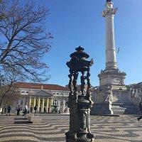 Column of Pedro IV - daytime