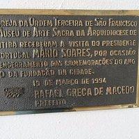 Placa que marca visita do Presidente de Portugal ao museu em 1994