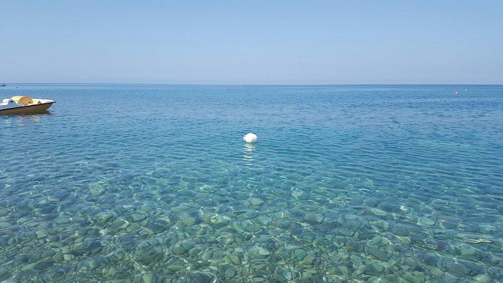 Un lido e un mare fantastici. Venite tutti a vedere e a godere questa meraviglia.