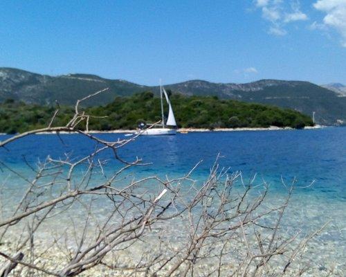 #seakayak #lefkada #meganisi #experientialcamp #adventure