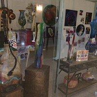Excelente lugar en el centro comercial Del Lago en Ajijic, cuadros, esculturas de artistas local
