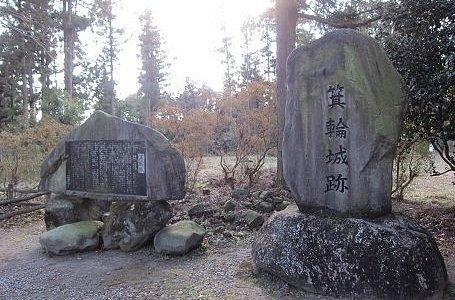 石碑が建ってます