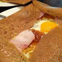 Friendly waitress and interesting and yummy crepe selection. Prices were reasonable.The establis
