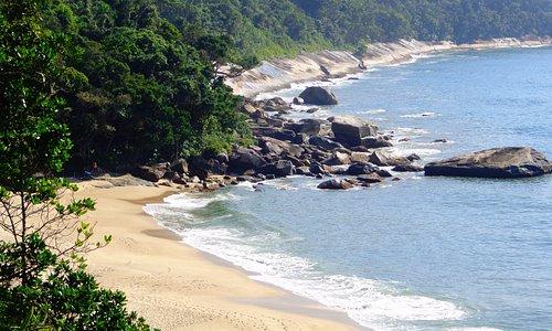 Praia Brava - escondida em Caraguá