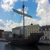 Ucra. Die Pommernkogge im Hafen Ueckermünde