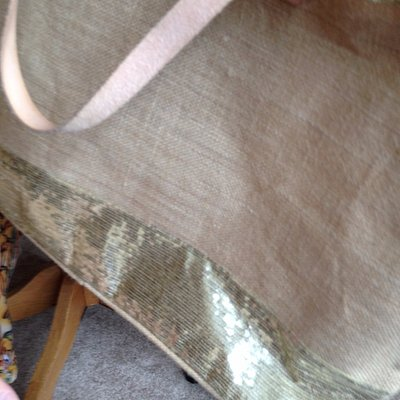 This is the side of the straw bag with the defective zipper -- bought at The Linen Shop, Bay St.