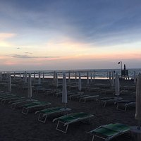 spiaggia sera a cena