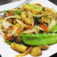 Ginger Stir Fried Vegetables at Rice by Mama, Ventura (24/Jul/16).