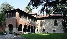 Questo è il vero Museo Archeologico Sutermeister di Legnano. L'altra foto è falsa.