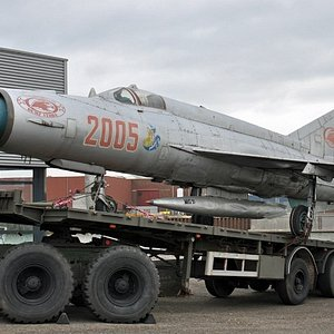 Mig 21 van Poolse leger op US Truck