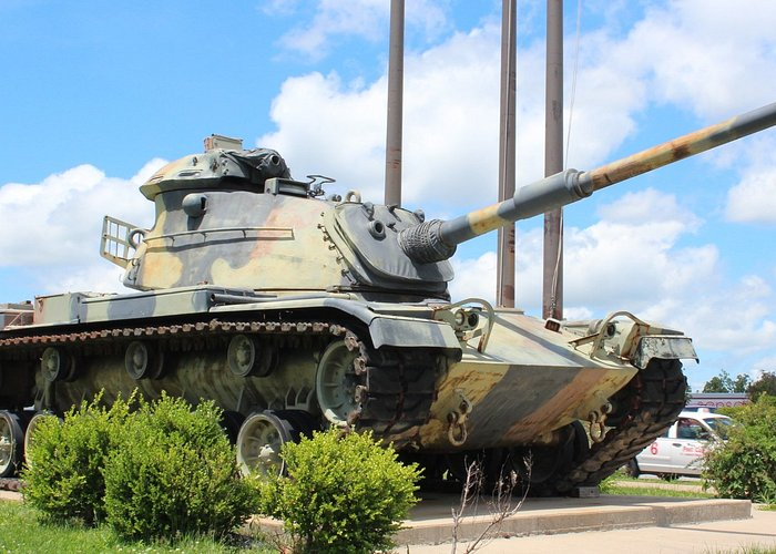 St. Robert Boulevard Tank