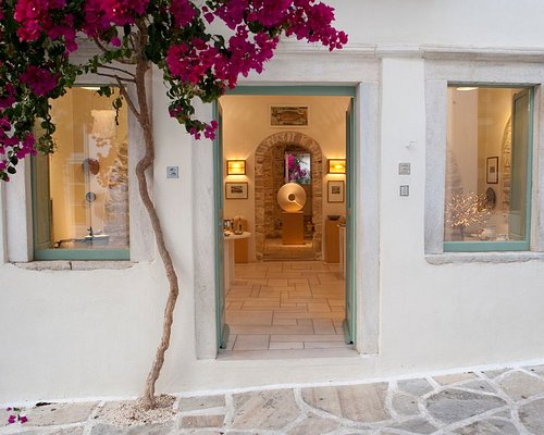 Fish & Olive Gallery