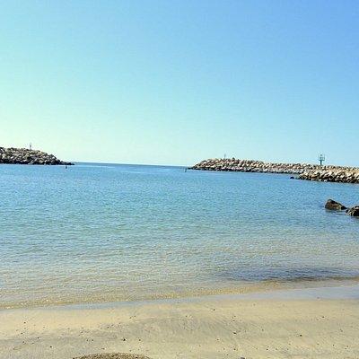 El lugar es apto para nadar y es tranquilo.