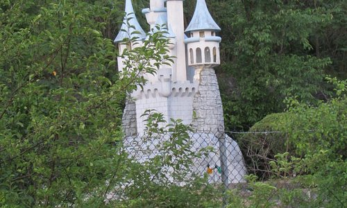 Fantasy Land side - Castle