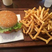 Burger sind super lecker, billig und es gibt auch eine tolle Auswahl!