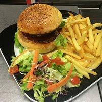 Burger et frites 100% maison