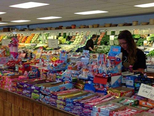 Hill Top Fruit Market