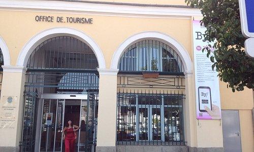 Entrada da oficina de turismo