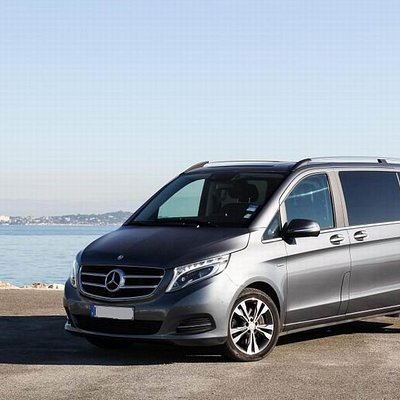 Mercedes Vito V-Class 7 seater (w/driver included) - Faro Airport Transfers - Business Category