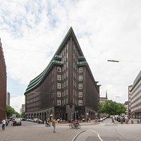 Unverwechselbare dreieckige Architektur