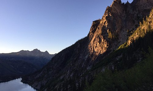 Sunset at Colchuck Lake