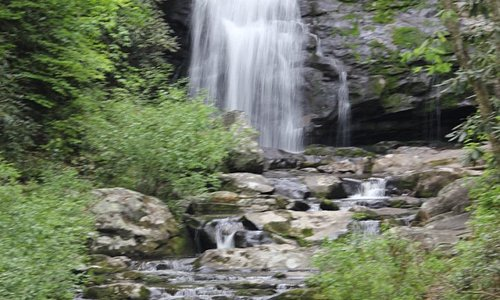 Waterfall along road enroute to Cades Cove
