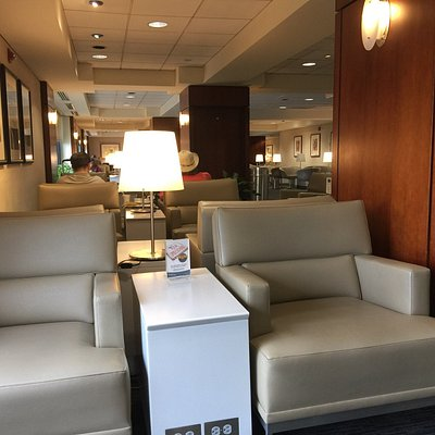 United Airlines Club Lounge