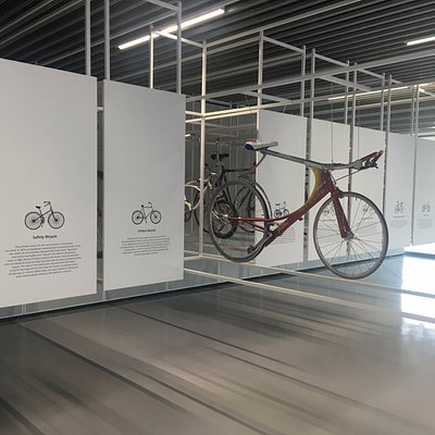 Pull-out racks of historical bicycles