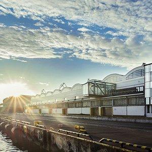 Dworzec Morski - siedziba Muzeum Emigracji - od strony nabrzeża Francuskiego, fot. Bogna Kociumb