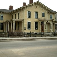 Hixon House