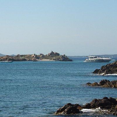 isola abbatoggia, from the distance
