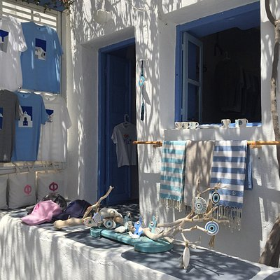 Unique and tastefully coordinated range of T-Shirts  & accessories  with Folegandros motifs that